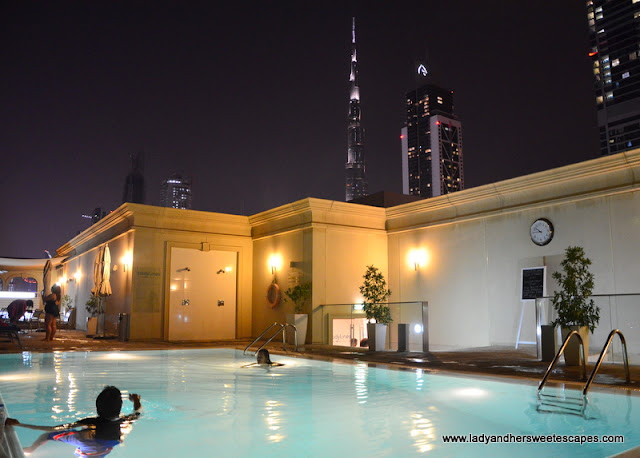 Villa Rotana outdoor pool at night