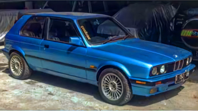 BMW E30 Custom Hatchback modified 1