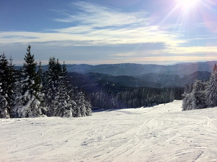 Reasons Why We Love Ski Vacations
