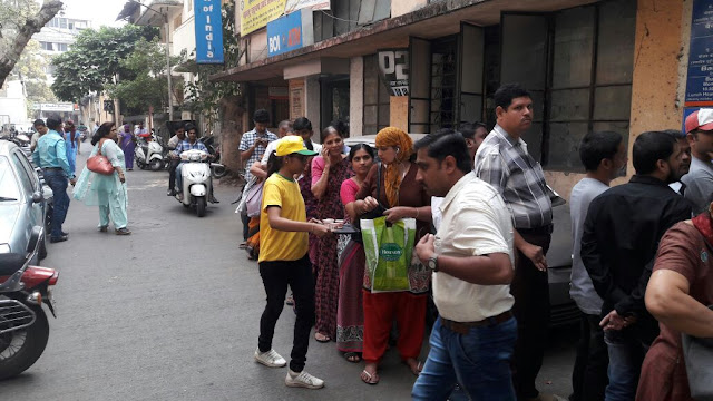 Wagh Bakri Tea Group Volunteers to Help the People outside BANKS & ATM's