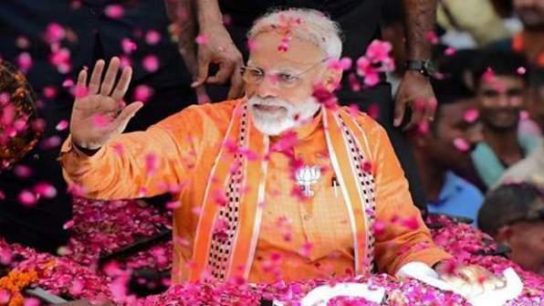 लोकसभा चुनाव 2019: पीएम मोदी के खिलाफ वाराणसी में 101 प्रत्याशी मैदान में उतरे