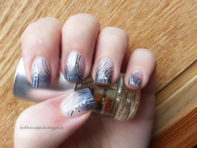 Nageldesign Schlicht Glitzer Nageldesign Glitzer French