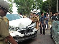 Kecelakaan Mobil VS Mobil di Blambangan Umpu Way Kanan