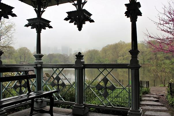 En dimmig vårdag i Central Park