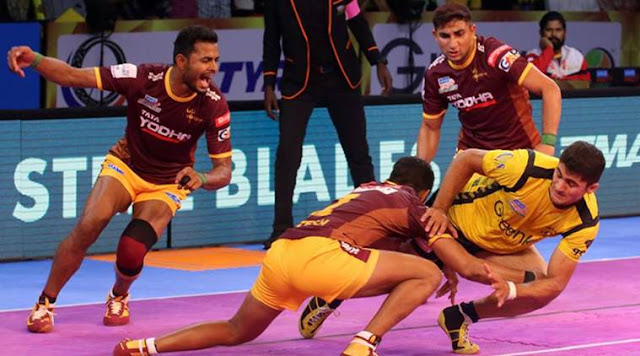 UP Yoddha hold off Gujarat Fortune Giants