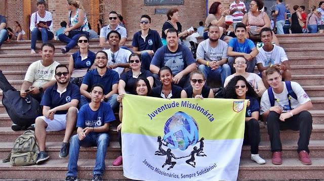 Juventude Missionária marca presença na Romaria Nacional da Juventude, em Aparecida (SP)