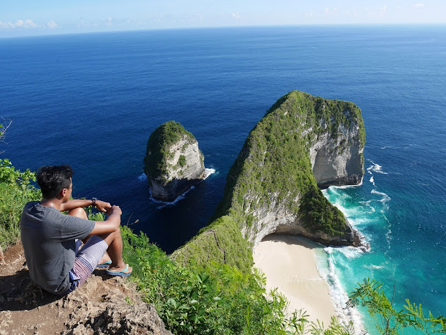 Pantai Klingking Nusa Penida