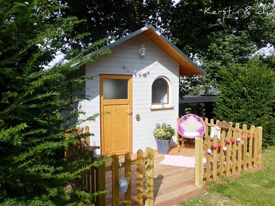 Gartenhaus selbst gebaut mit Terrasse