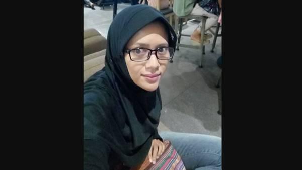 Netizen Kecam Nurul Indra, Ahoker dari Jogja yang Bakar Lilin untuk Ahok di Padang