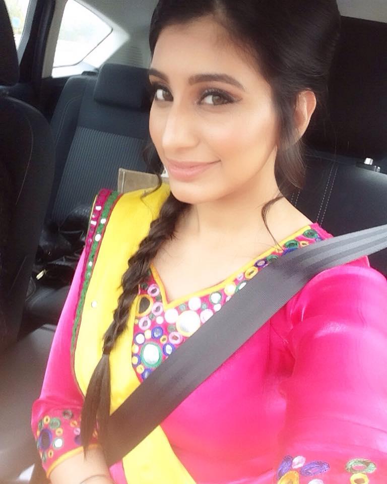 Massi Song Lyrics - Sarika Gill, Desi Routz | Punjabi Song (2016 ...