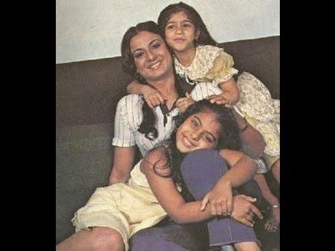 Kajol Childwood with mother and Sister