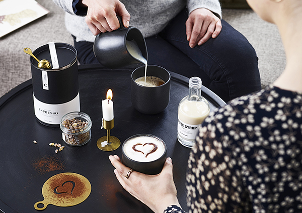annelies design, webbutik, webbutiker, kaffe, kaffetillbehör, presenttips, servering, kaffet, kaffestencil, kaffestenciler, stencil, stenciler, coffee,