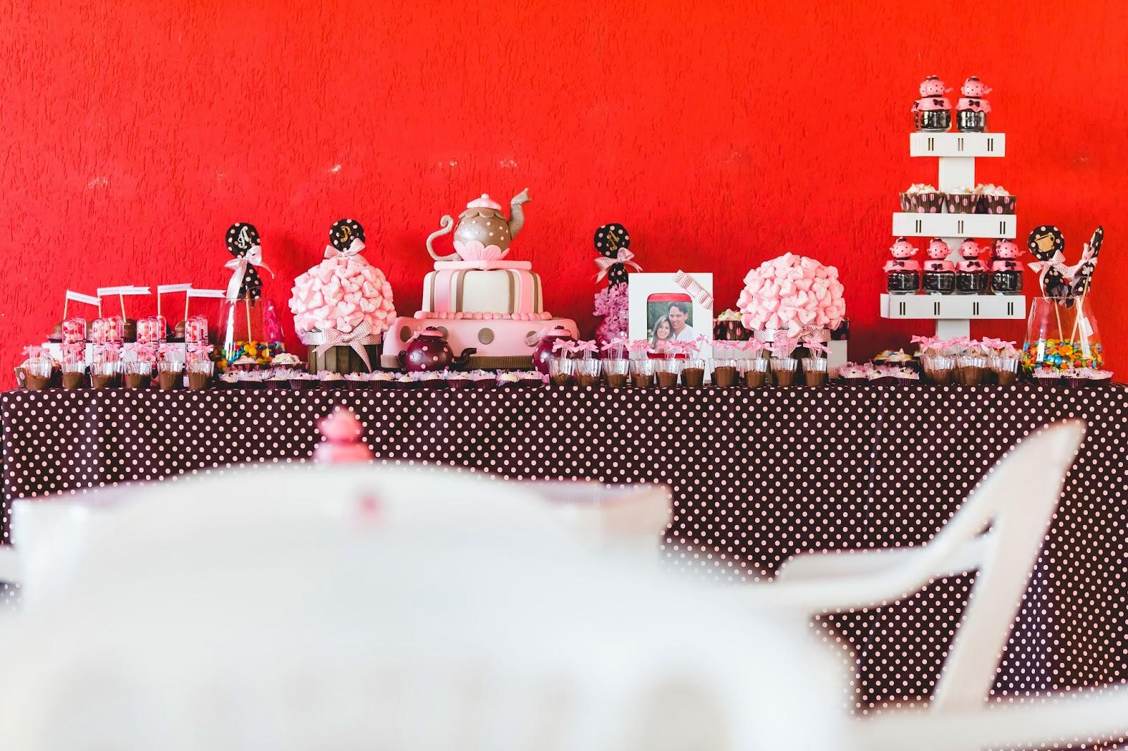 chá - chá de panela - chá rosa marrom - paleta rosa marrom - mesa bolo - decoração - mesa doces