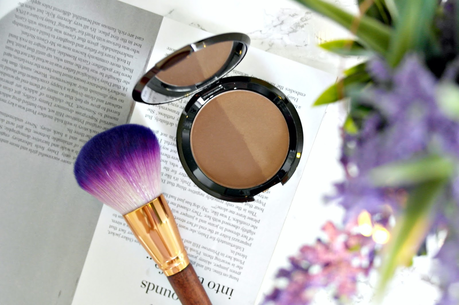 Becca Shadow & Light Contour Perfector