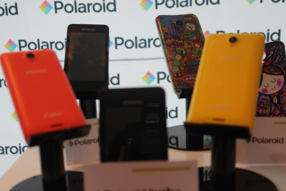65b3b14631 Polaroid lanza en Yucatán, Cosmo 550, smartphone compatible con VR ...