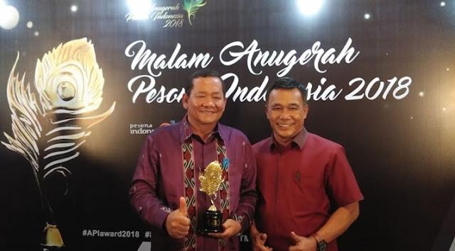 Pasar Tomok Samosir Raih Penghargaan Objek Wisata Belanja Unggulan
