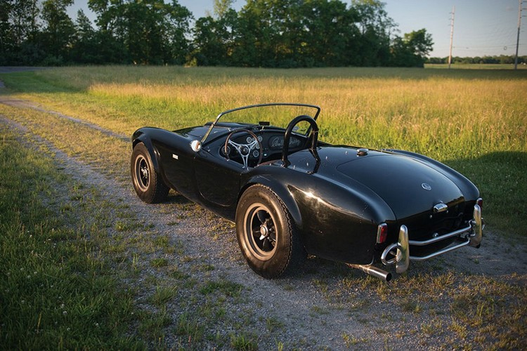 classic car 1963 Shelby 289 Cobra 3
