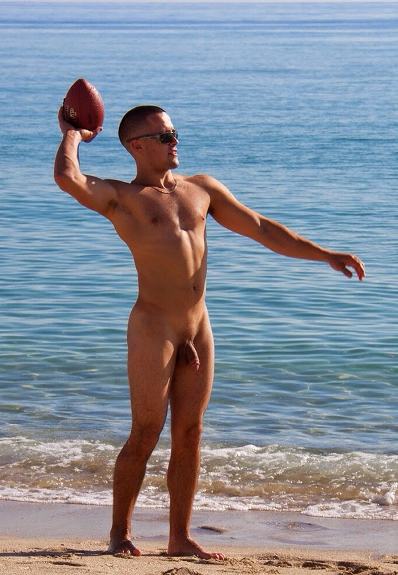 Sportsman Bulge Naked  Nude Beach-6424