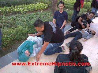 Street hypnosis | Hipnotis | Hipnotis tangerang | Hipnotis jombang