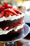 Chocolate Strawberry Nutella Cake - Tasty Apron