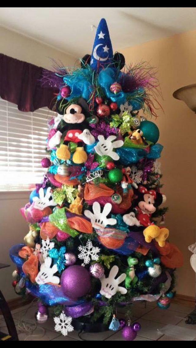Life & Home at 2102: Unique Christmas Tree Decor Ideas