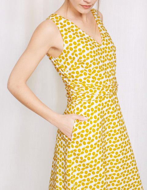 mustard dress with pockets