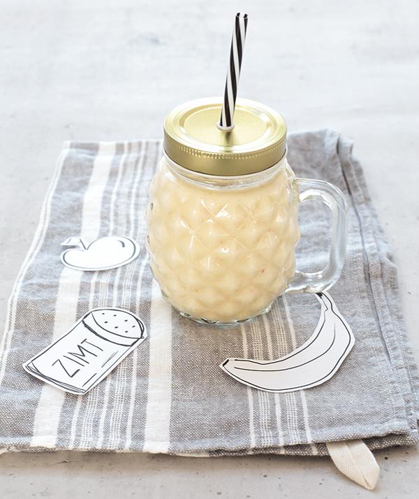 Apfel-Bananen-Smoothie mit Zimt und Mandelmilch Basische Ernährung