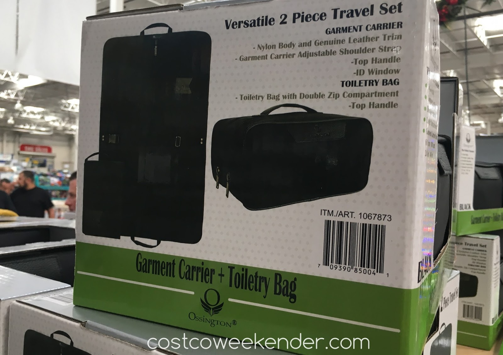 Costco 1067873 - Ossington Garment Carrier and Toiletry Bag - Everything you need for a quick weekend getaway
