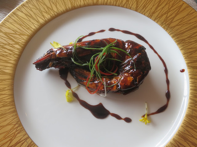 Deep-fried Tiger Prawn with Superior Light Soya Sauce