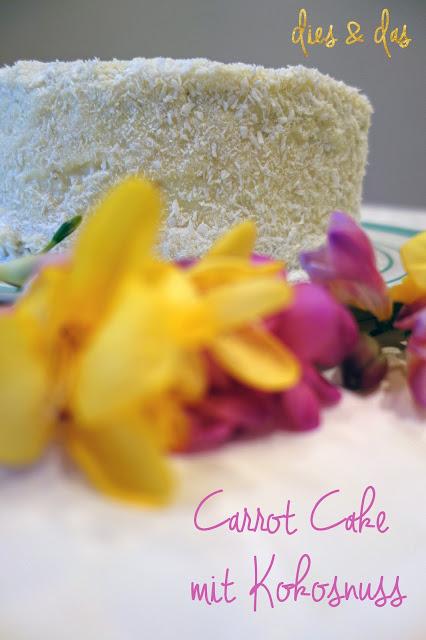 Rezept - Carrot Cake mit Kokosnuss. Ein super saftiger, lockerer Kuchen mit einem verführerischen Kokosnuss Icing