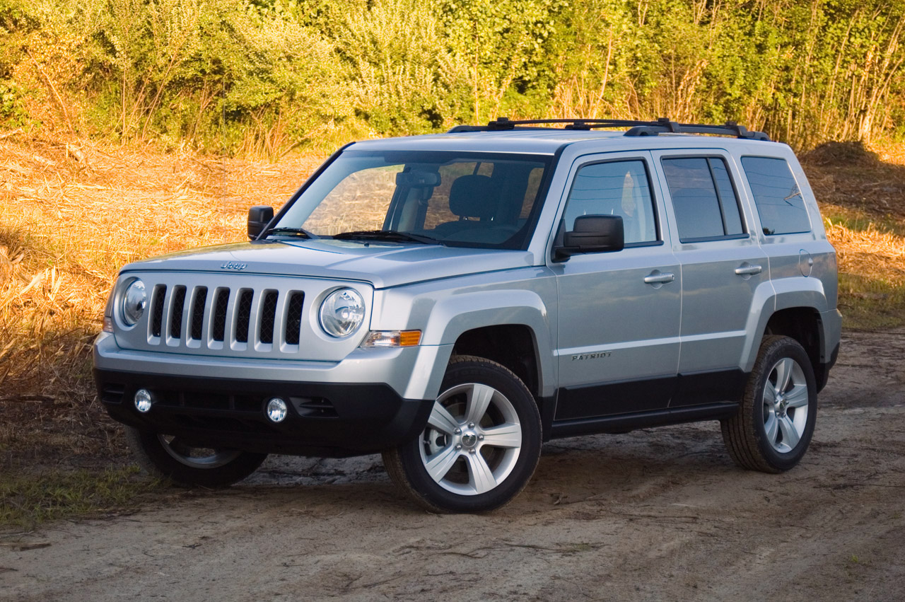 2012 Jeep Patriot: Review Photos