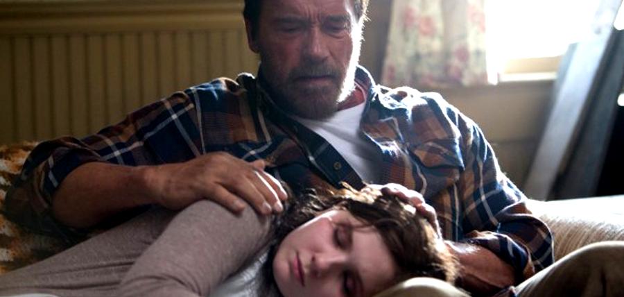 Abigail Breslin şi Arnold Schwarzenegger în filmul Maggie