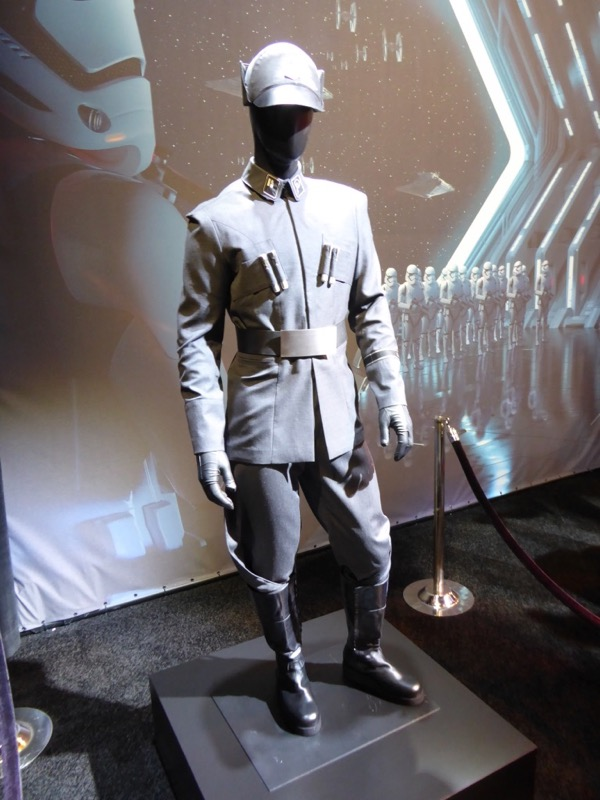 Star Wars First Order Leiutenant uniform D23 Expo