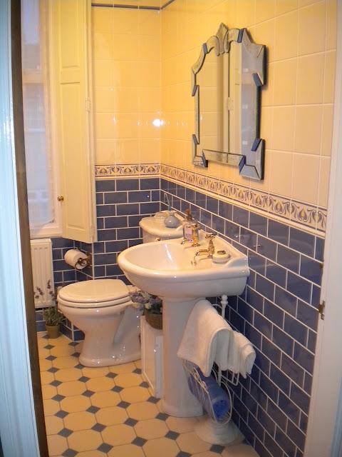 Pedestal Sink Bathroom Design Ideas Design Bathroom