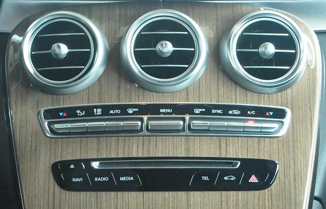 Mercedes GLC 250 4MATIC trang bị điều hòa khí hậu tự động 2 vùng