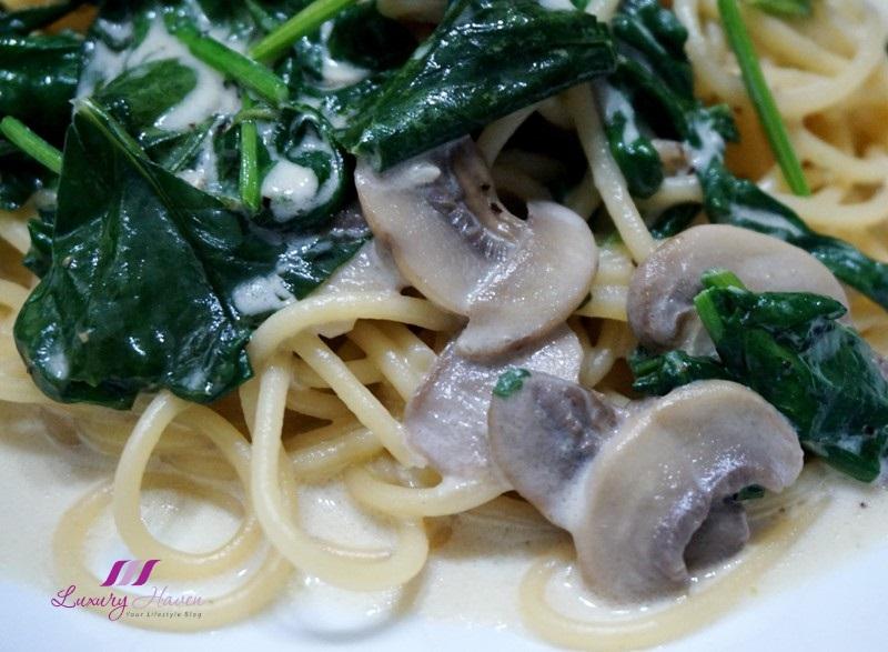 foglia sublime baby spinach recipe white champignon mushrooms