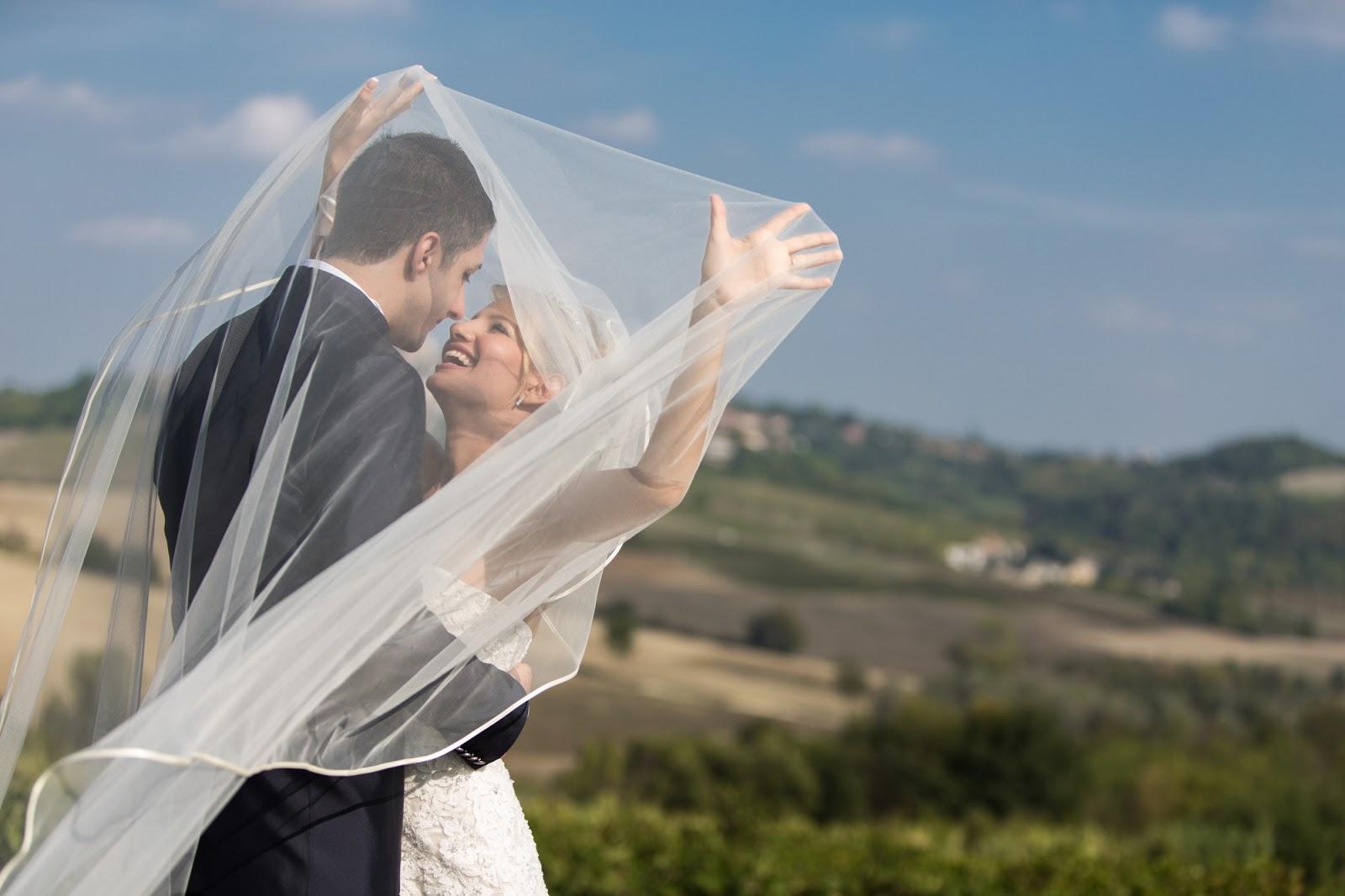 http://www.ilblogdisposamioggi.com/2017/08/matrimonio2018.html