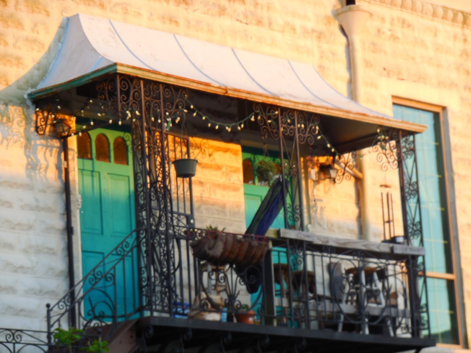 The Flavor Carousel New Orleans Usa Beautiful Porches