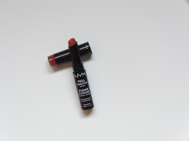 Full-Throttle-Lipstick-waterproof