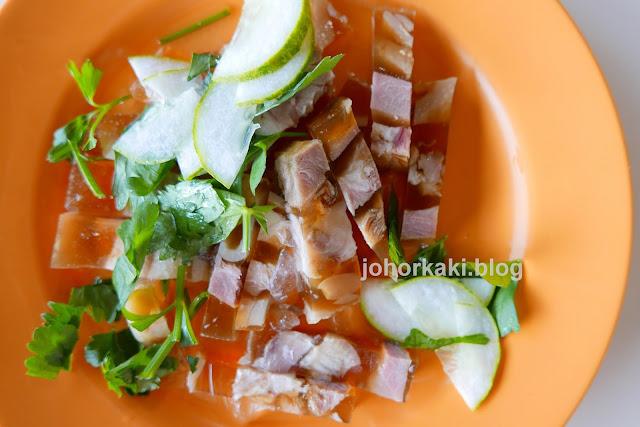Lao-Liang-Pork-Trotter-Shark-Meat-Jelly-老两猪脚冻沙鱼肉