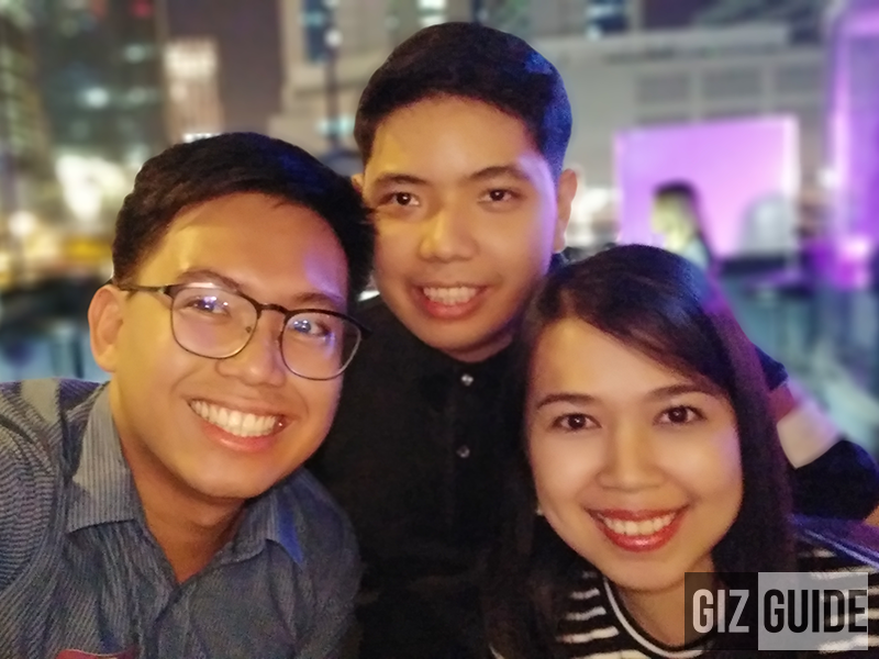 Groufie night bokeh