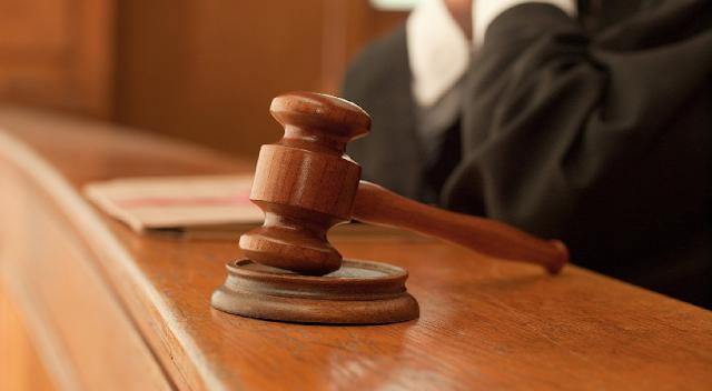 Una jueza considera que agredir e insultar a un homosexual no es delito de odio por homofobia