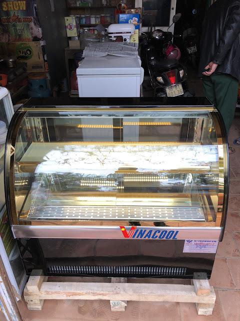 tủ bánh kem để bàn