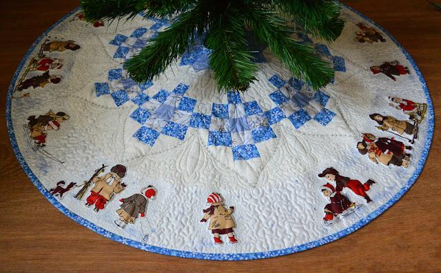 seminole Christmas tree skirt