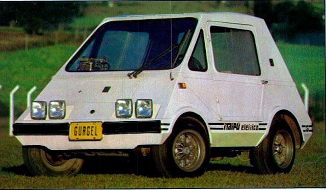 Itaipú - 1978. O carro elétrico brasileiro construído pelo engenheiro João Gurgel - Foto Milton Shirata