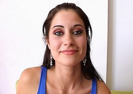 Wiki Girls Agostina Bell