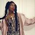 A nova aposta do pop nacional é uma mulher negra, feminista e toda empoderada: conheça IZA!