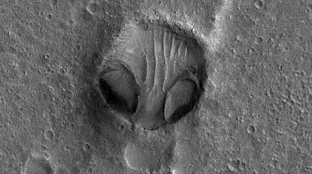NASA Found Giant Alien Face On Mars Captured In Bombshell Clip
