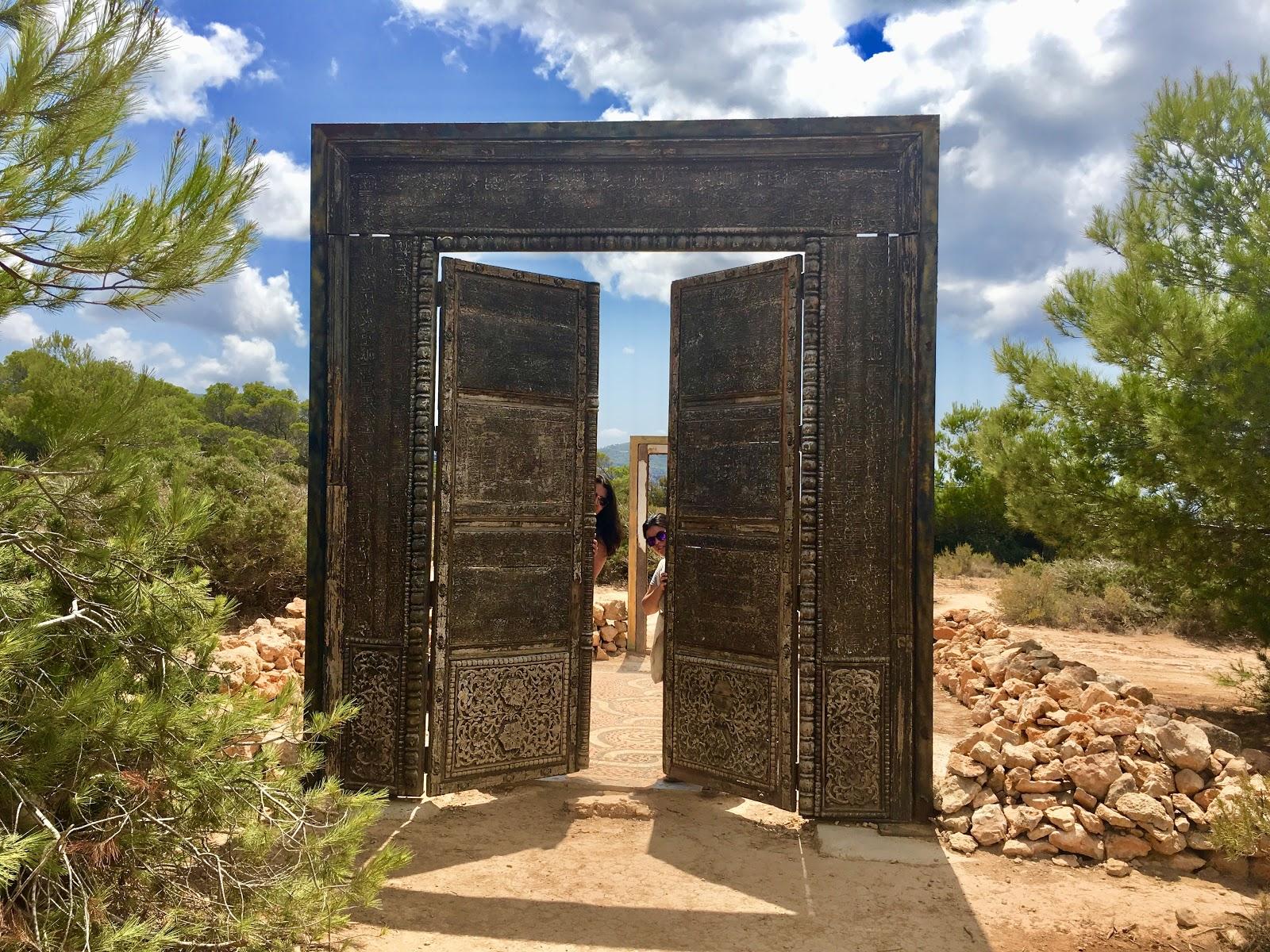 Puertas de Can Soleil Cala Llentia