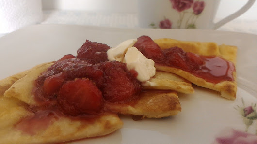 Resepi: Pancake with Strawberry Sauce